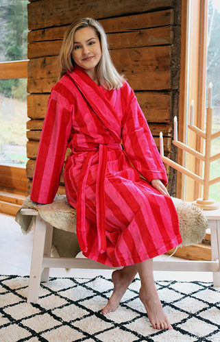 Women's bathrobe, red/ pink